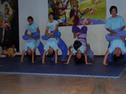 children's yoga performance